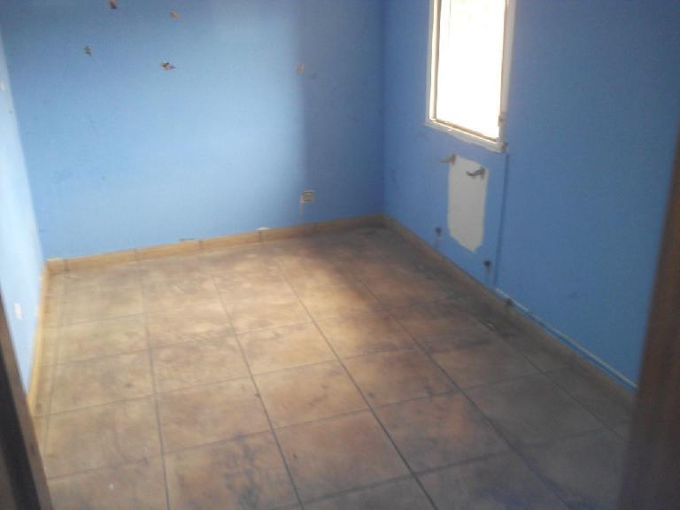 Casa en venta en Murillo de Río Leza, La Rioja, Calle los Tomares, 30.616 €, 3 habitaciones, 2 baños, 221 m2