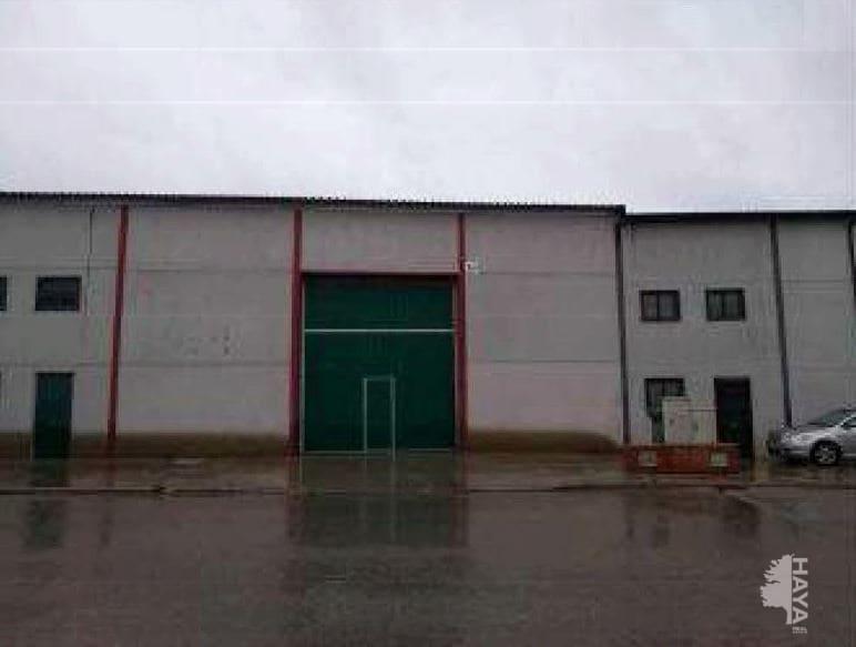 Industrial en venta en Chozas de Canales, Toledo, Calle Lope de Vega, 84.000 €, 334 m2