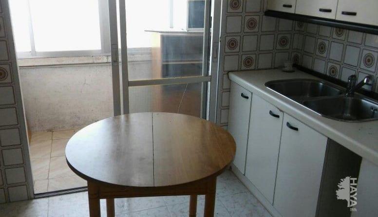 Piso en venta en Piso en Villamuriel de Cerrato, Palencia, 78.710 €, 4 habitaciones, 2 baños, 90 m2