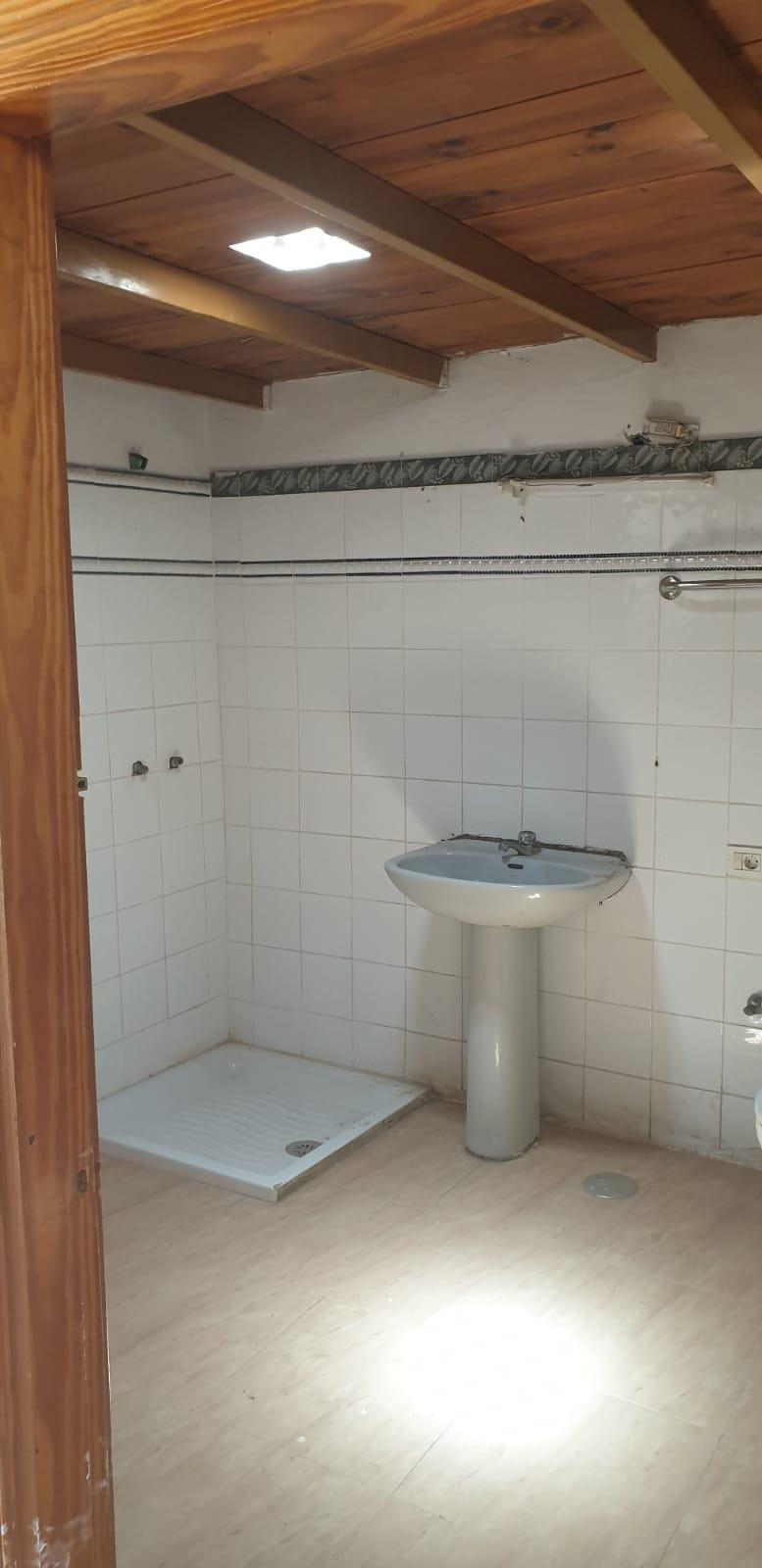 Piso en venta en La Vega, Arrecife, Las Palmas, Calle Jose Ortega Y Casset, 138.000 €, 3 habitaciones, 2 baños, 85 m2