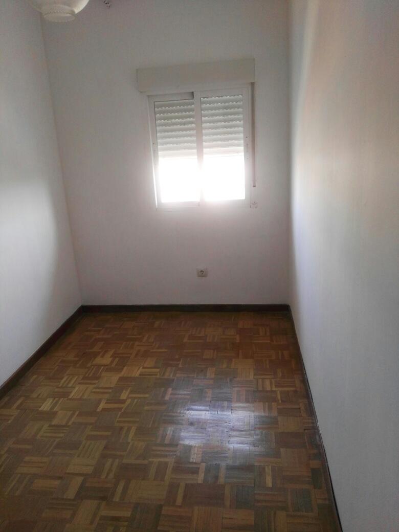 Piso en venta en Ciempozuelos, Madrid, Avenida de Belén, 61.000 €, 3 habitaciones, 1 baño, 72 m2