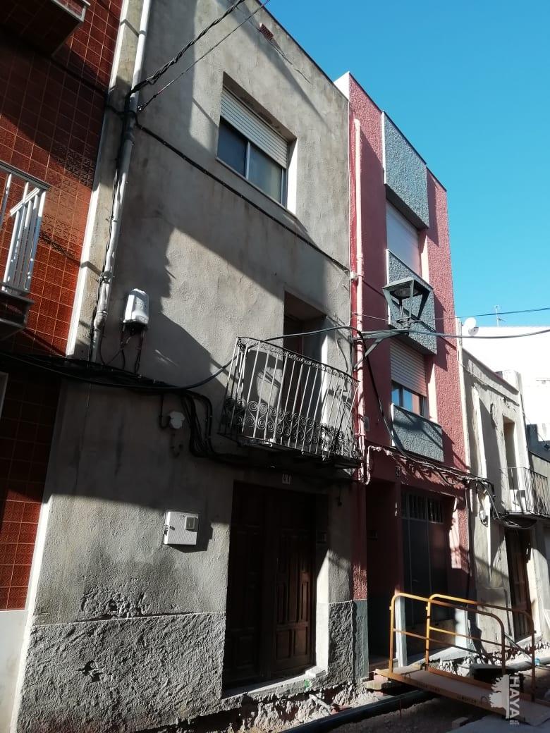Casa en venta en Càlig, Càlig, Castellón, Calle Santa Barbara, 29.795 €, 3 habitaciones, 1 baño, 169 m2