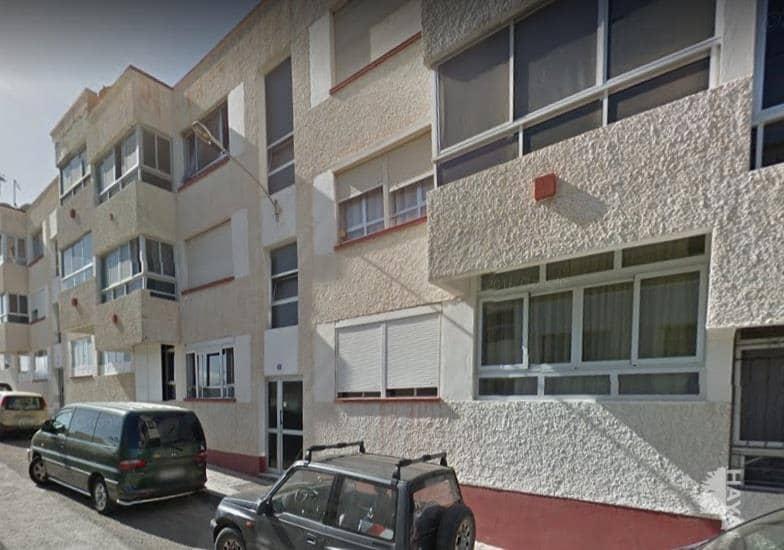 Piso en venta en Puerto del Rosario, Las Palmas, Calle Don Quijote, 69.200 €, 1 baño, 92 m2