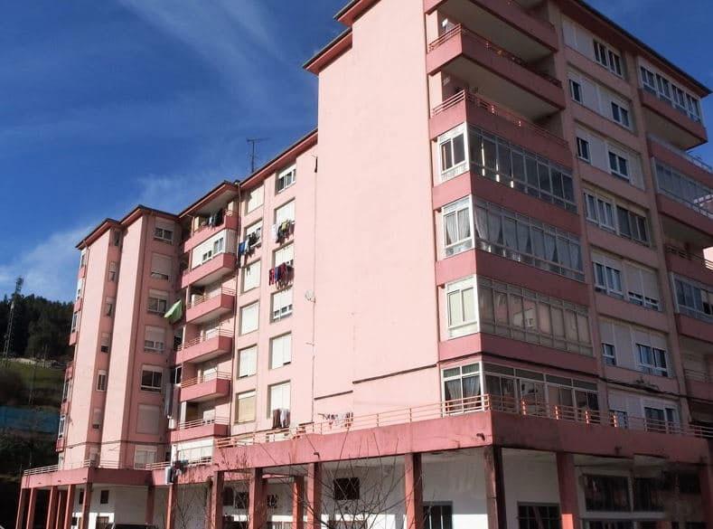 Piso en venta en Urbanización la Anjanas, los Corrales de Buelna, Cantabria, Calle Matias Montero, 52.012 €, 3 habitaciones, 1 baño, 93 m2