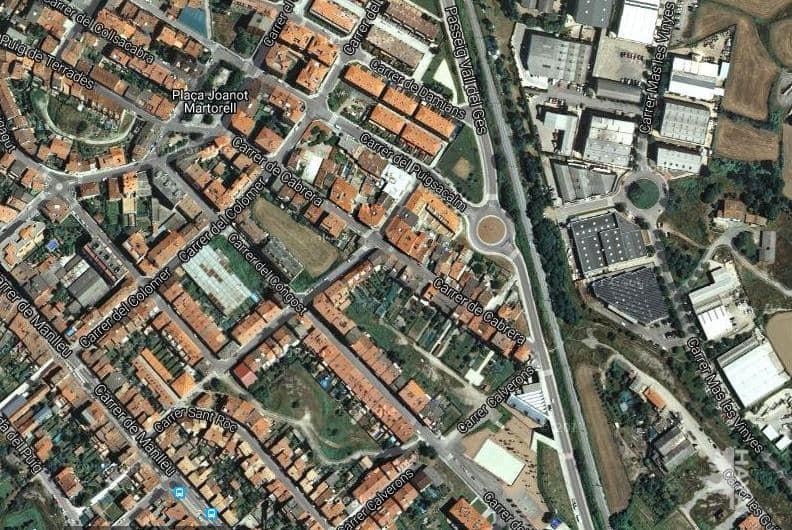 Piso en venta en Can Pesseta, Torelló, Barcelona, Calle Cabrera, 51.200 €, 4 habitaciones, 1 baño, 78 m2