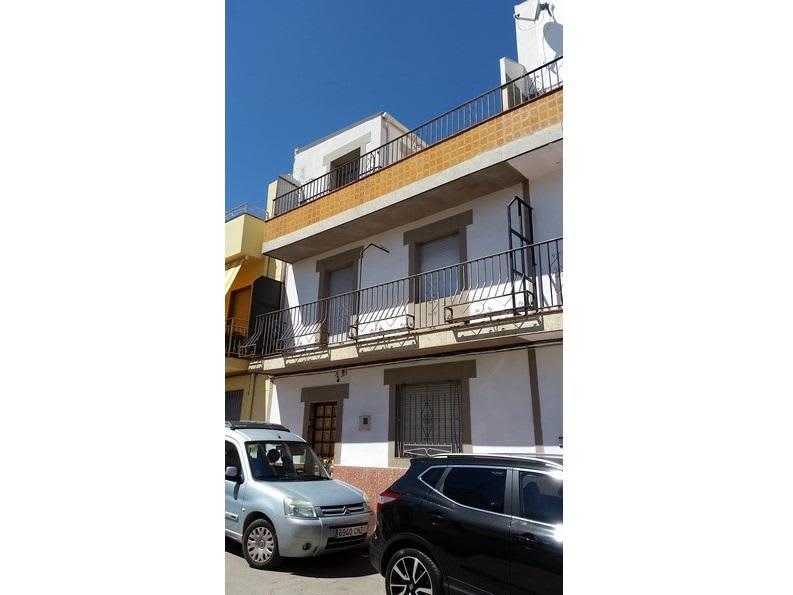 Piso en venta en Sabiote, Sabiote, Jaén, Calle Balbino Quesada, 53.500 €, 2 habitaciones, 2 baños, 110 m2