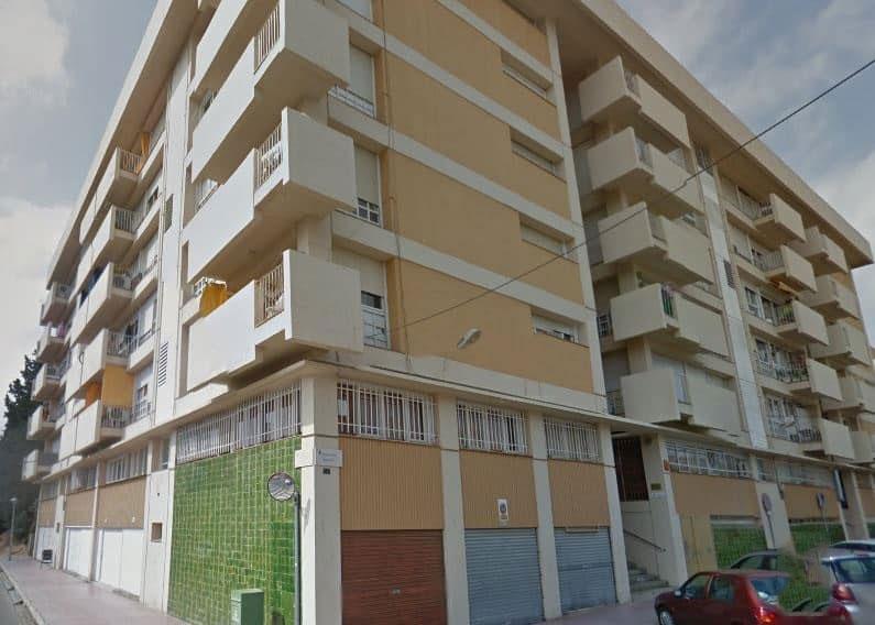 Piso en venta en Vilatenim, Figueres, Girona, Avenida Pirineus, 101.689 €, 3 habitaciones, 2 baños, 70 m2