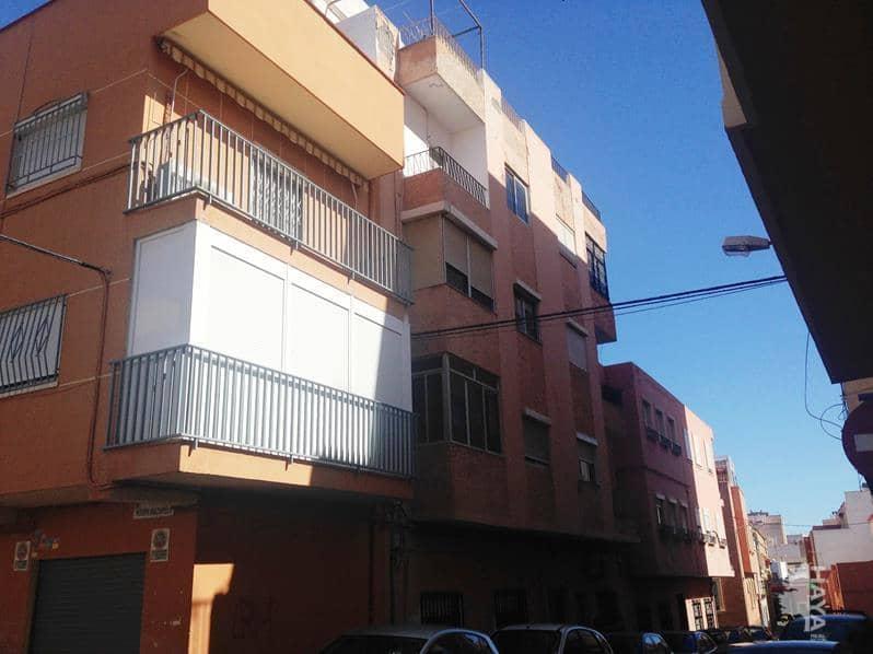Piso en venta en Regiones Devastadas, Almería, Almería, Calle Horno, 44.400 €, 3 habitaciones, 1 baño, 82 m2