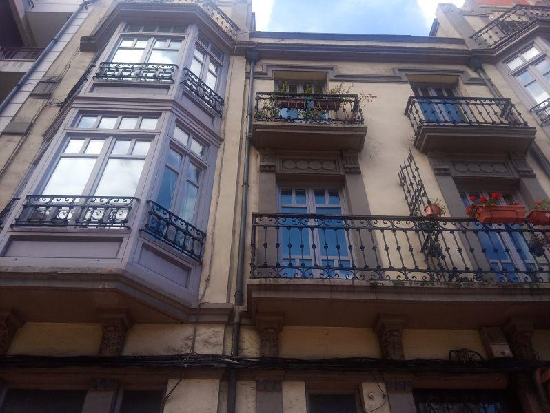 Piso en venta en Distrito Llano, Gijón, Asturias, Avenida Llano, 128.000 €, 3 habitaciones, 1 baño, 113 m2