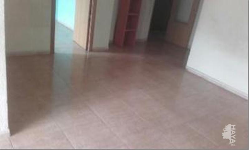 Piso en venta en El Carme, Reus, Tarragona, Calle Escultor Rocamora, 31.500 €, 3 habitaciones, 1 baño, 70 m2