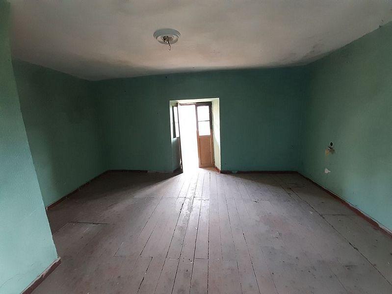 Casa en venta en Casa en San Martín del Rey Aurelio, Asturias, 31.000 €, 2 habitaciones, 2 baños, 99 m2