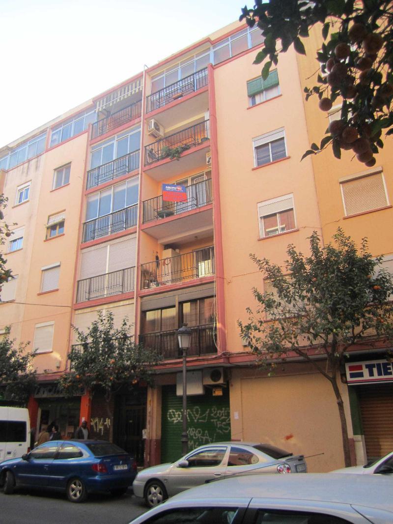 Piso en venta en Valencia, Valencia, Calle San Juan de la Peña, 35.900 €, 3 habitaciones, 1 baño, 87 m2