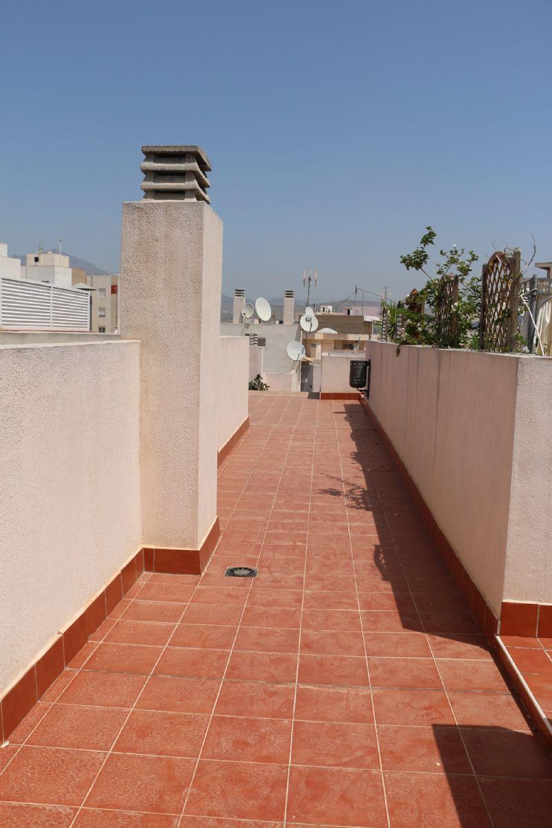 Piso en venta en El Campello, Alicante, Calle Juan Sebastian Elcano, 220.000 €, 4 habitaciones, 3 baños, 170 m2