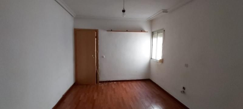 Piso en venta en Barrio de Santa Maria, Talavera de la Reina, Toledo, Calle General Moscardo, 34.100 €, 3 habitaciones, 1 baño, 76 m2