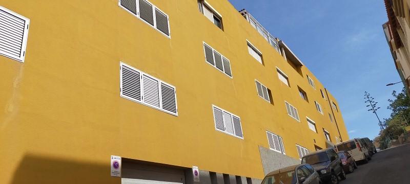 Piso en venta en Cardones, Arucas, Las Palmas, Calle Hermanas Manrique, 120.000 €, 3 habitaciones, 1 baño, 86 m2