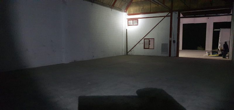 Industrial en venta en Albacete, Albacete, Calle Romica, 62.000 €, 344 m2
