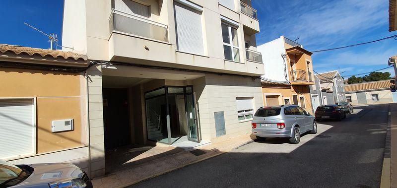 Piso en venta en El Pinoso, Alicante, Calle Bailen, 69.000 €, 3 habitaciones, 2 baños, 100 m2