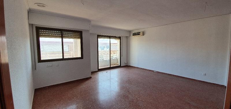 Piso en venta en Gandia, Valencia, Calle Sant Pere, 88.000 €, 3 habitaciones, 2 baños, 114 m2