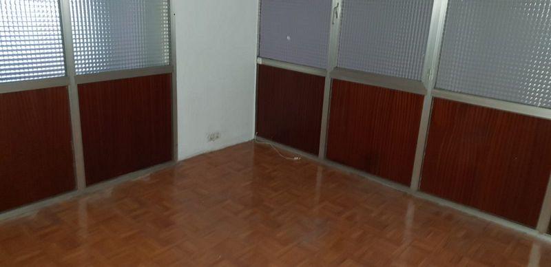 Local en venta en Logroño, La Rioja, Calle Gonzalo de Berceo, 163.000 €, 217 m2