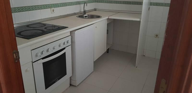 Piso en venta en Los Manantiales, Sevilla la Nueva, Madrid, Calle San Isidro, 87.000 €, 2 habitaciones, 1 baño, 57 m2