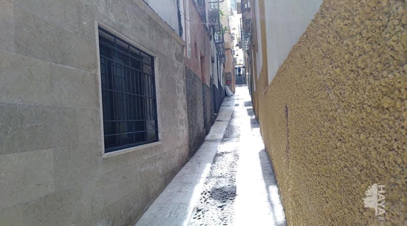 Casa en venta en San Bartolomé, Jaén, Jaén, Calle Josefa Sevillano, 33.290 €, 3 habitaciones, 1 baño, 124 m2