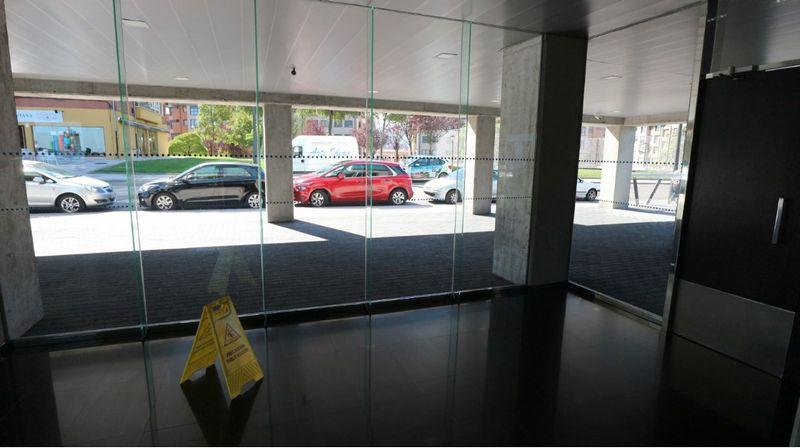 Piso en venta en Oviedo, Asturias, Calle Juan A. Alvarez Rabanal, 163.000 €, 3 habitaciones, 2 baños, 92,7 m2