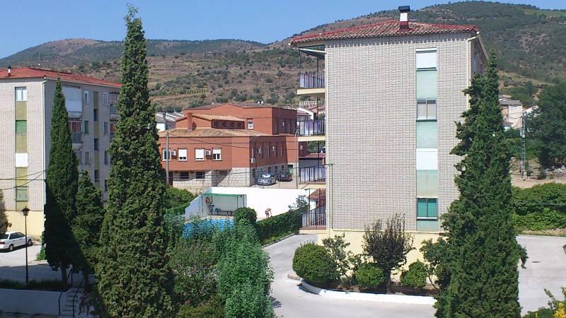 Piso en venta en Cebreros, Ávila, Urbanización Villablanca, 45.000 €, 2 habitaciones, 1 baño, 100 m2
