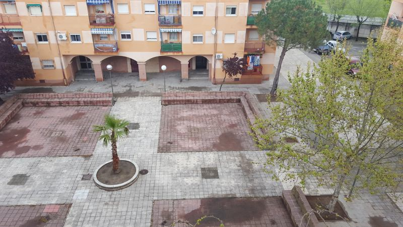 Piso en venta en Navalmoral de la Mata, Cáceres, Calle Rosalejo, 49.000 €, 3 habitaciones, 1 baño, 83 m2