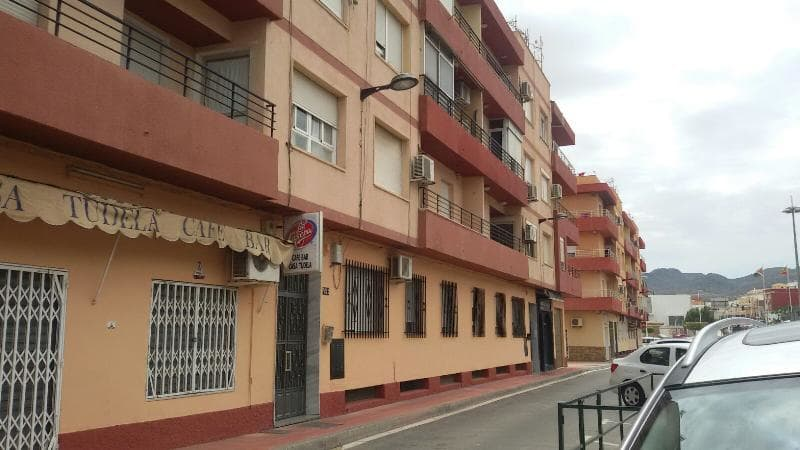 Piso en venta en Benahadux, Almería, Calle Sin Dirección,, 62.900 €, 1 baño, 82 m2