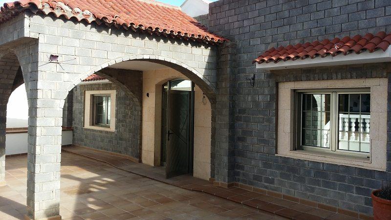 Casa en venta en Arucas, Las Palmas, Pasaje Parroco Baez, 135.000 €, 4 habitaciones, 2 baños, 144 m2