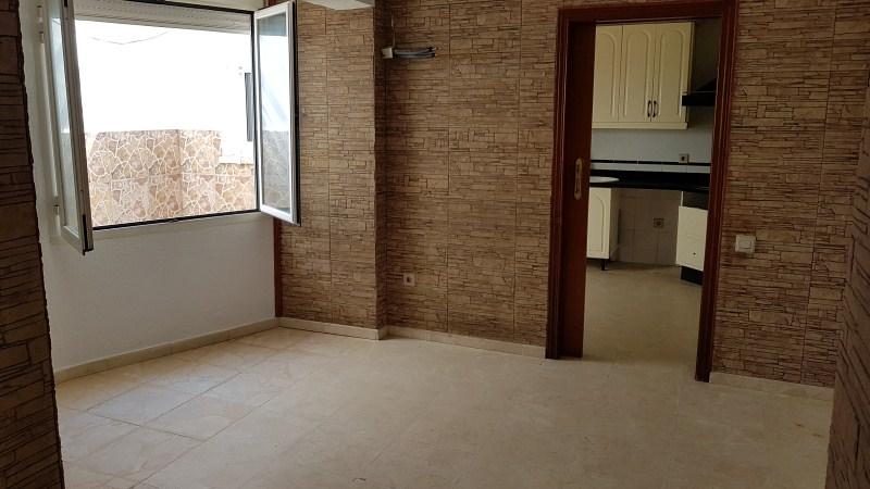 Casa en venta en Mérida, Badajoz, Calle Duqque Claudio, 82.000 €, 3 habitaciones, 2 baños, 125 m2