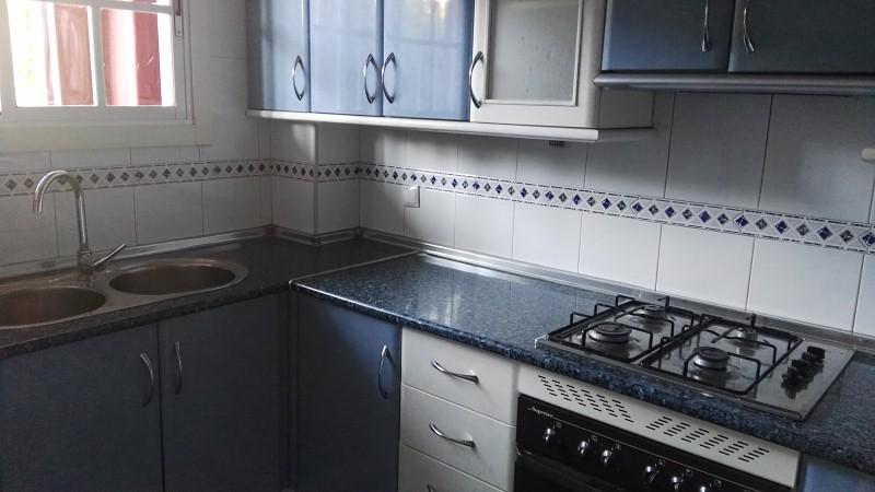 Piso en venta en Aguadulce, Roquetas de Mar, Almería, Calle Dallas, 69.000 €, 2 habitaciones, 1 baño, 78 m2