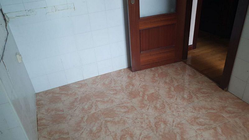 Piso en venta en Piélagos, Cantabria, Avenida Renedo-aurelio Diez, 81.900 €, 2 habitaciones, 1 baño, 76,3 m2