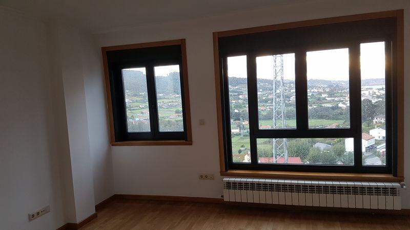 Piso en venta en Neda, A Coruña, Lugar Lugar Muchiqueira, 120.000 €, 3 habitaciones, 2 baños, 123 m2