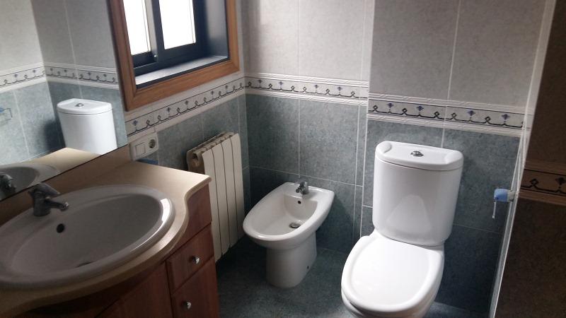 Piso en venta en Piso en Ponteareas, Pontevedra, 110.900 €, 3 habitaciones, 2 baños, 114 m2, Garaje