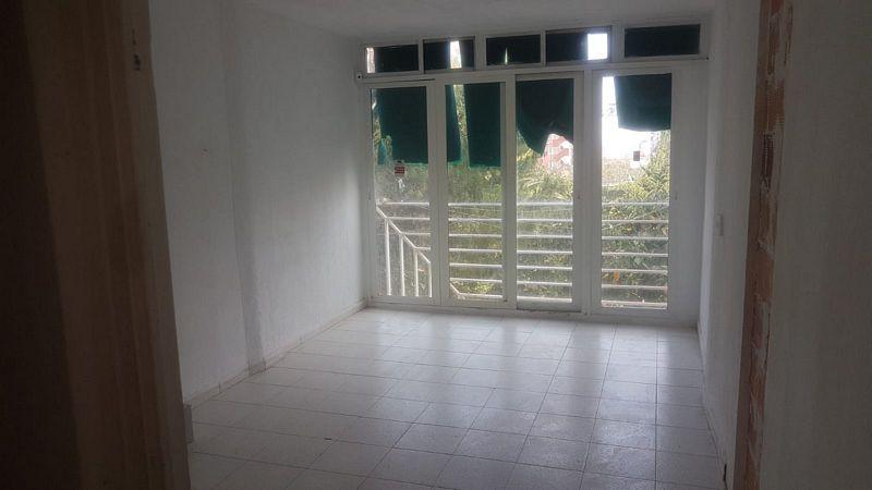 Piso en venta en Ensanche, Benidorm, Alicante, Avenida Portugal, 34.500 €, 1 habitación, 1 baño, 25 m2