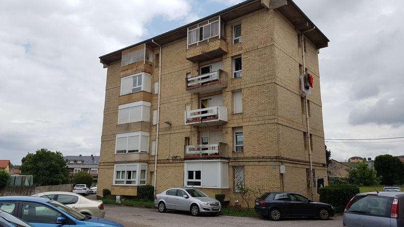 Piso en venta en El Zapatón, Torrelavega, Cantabria, Camino El Sol, 55.700 €, 3 habitaciones, 1 baño, 80,06 m2