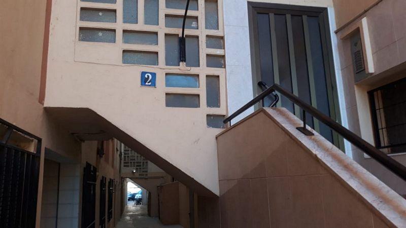 Piso en venta en Alquerieta, Alzira, Valencia, Calle Pare Pompili Tortajada, 31.150 €, 4 habitaciones, 1 baño, 87,35 m2