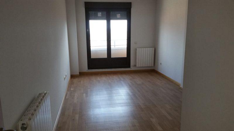 Casa en venta en Bockum, Salamanca, Salamanca, Calle Sierra Deavacerrada Arenales, 70.000 €, 1 habitación, 1 baño, 65 m2