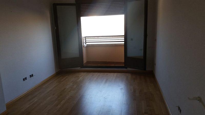 Casa en venta en Labradores, Salamanca, Salamanca, Calle Sierra Deavacerrada Arenales, 62.500 €, 1 habitación, 1 baño, 59 m2