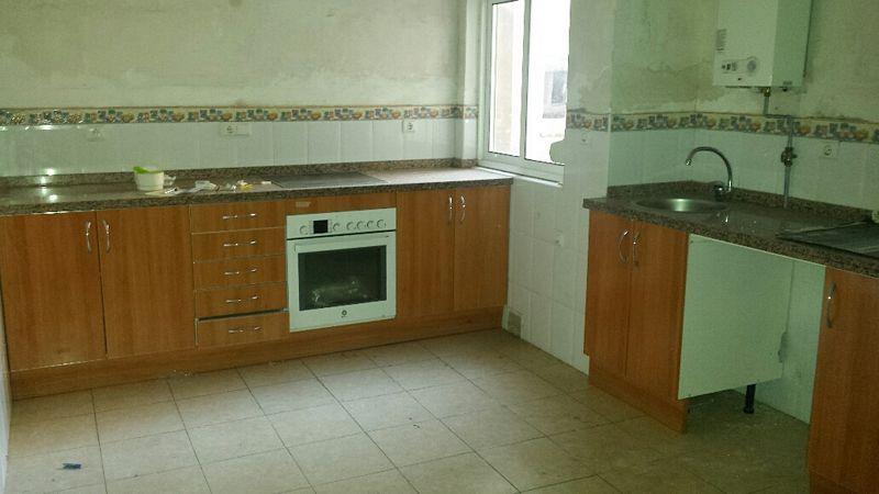 Piso en venta en Las Campas Y San Claudio, Oviedo, Asturias, Calle Victor Hevia, 87.500 €, 3 habitaciones, 1 baño, 72,13 m2