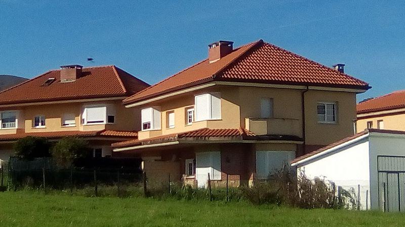 Casa en venta en Paraíso - Pelayo, Castro-urdiales, Cantabria, Barrio Samano, 249.000 €, 3 habitaciones, 2 baños, 181,47 m2