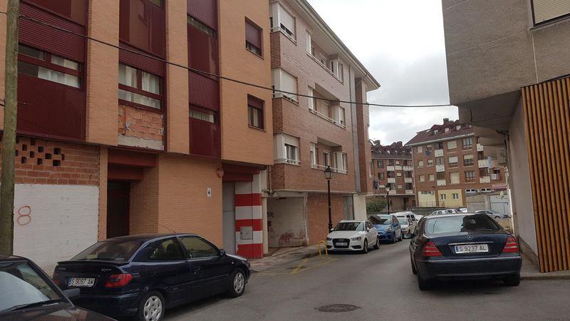 Piso en venta en Santa María de Cayón, Cantabria, Calle Valladolid, 110.000 €, 1 habitación, 1 baño, 95 m2