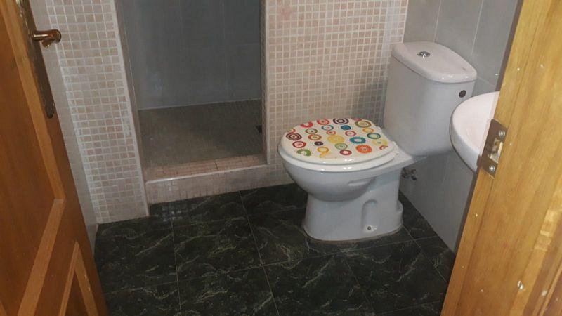 Piso en venta en Piso en Gandia, Valencia, 72.000 €, 3 habitaciones, 2 baños, 108,84 m2
