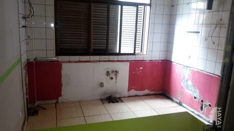 Piso en venta en Vecindario, Telde, Las Palmas, Calle Sevilla, 67.194 €, 2 habitaciones, 1 baño, 78 m2