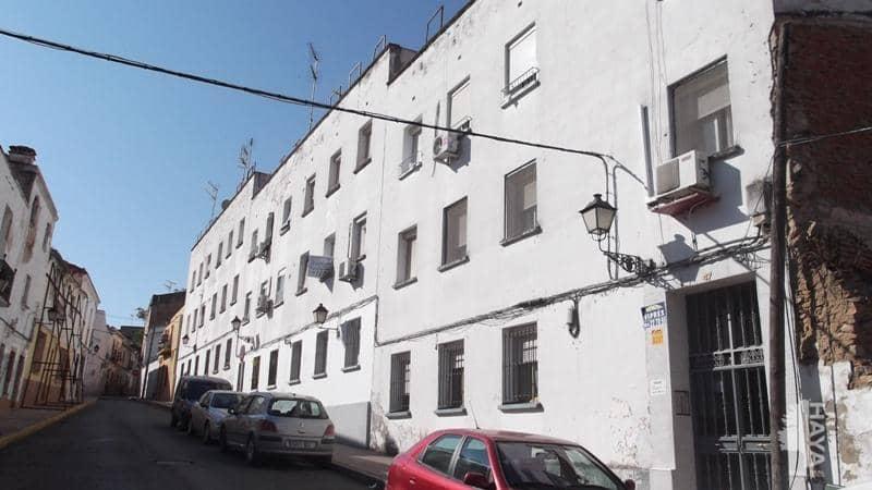 Piso en venta en Casco Antiguo, Badajoz, Badajoz, Calle Morales, 39.000 €, 3 habitaciones, 1 baño, 83 m2