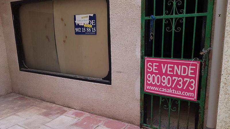 Local en venta en Martovce, Torrevieja, Alicante, Urbanización Conjunto Residencial Lomas Playa Iii, 55.000 €, 91 m2