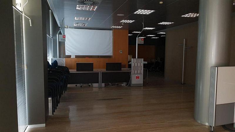 Local en venta en Torrevieja, Alicante, Avenida Diego Ramírez Pastor, 191.000 €, 210 m2
