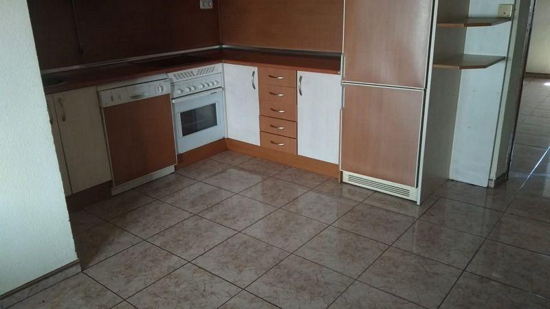 Casa en venta en Casas de Millán, Cáceres, Calle Cervantes, 35.500 €, 3 habitaciones, 2 baños, 182 m2