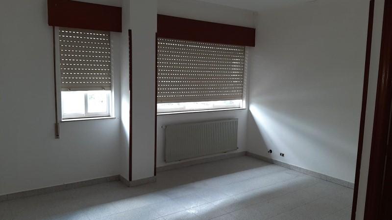 Piso en venta en A Piringalla, Lugo, Lugo, Calle Santo Graal, 43.000 €, 2 habitaciones, 1 baño, 68 m2